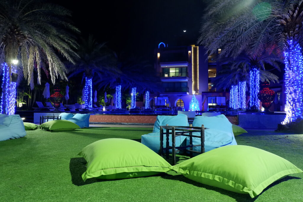 Tampa-Turf-And-Artificial-Grass-rooftop-turf-installations